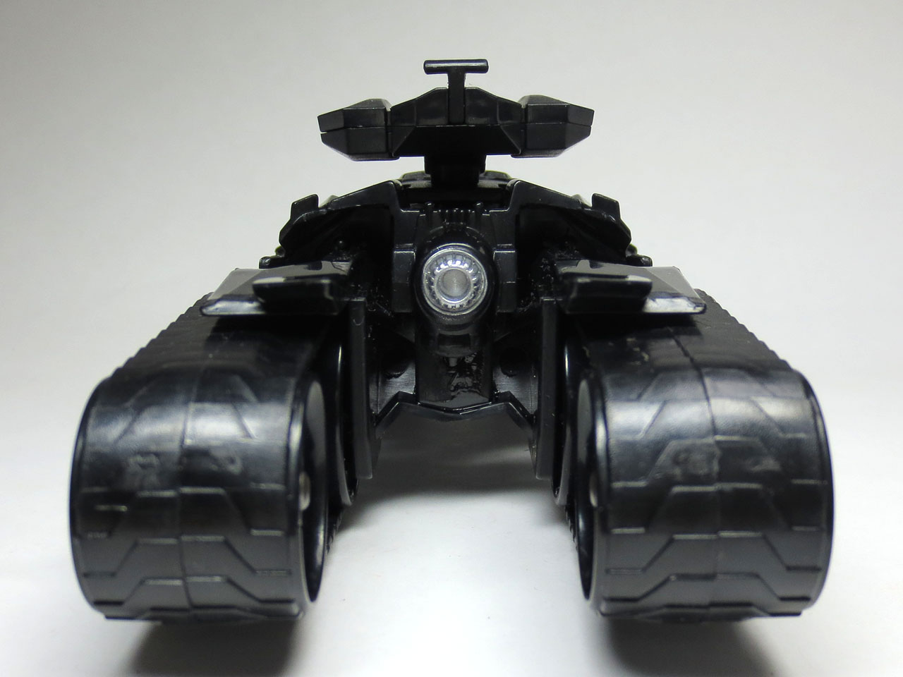 HW_custom_motors_batmobile_4th_27.jpg