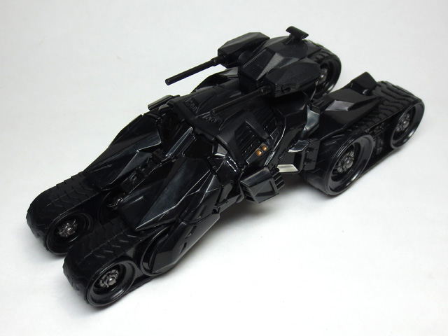 HW_custom_motors_batmobile_4th_30.jpg