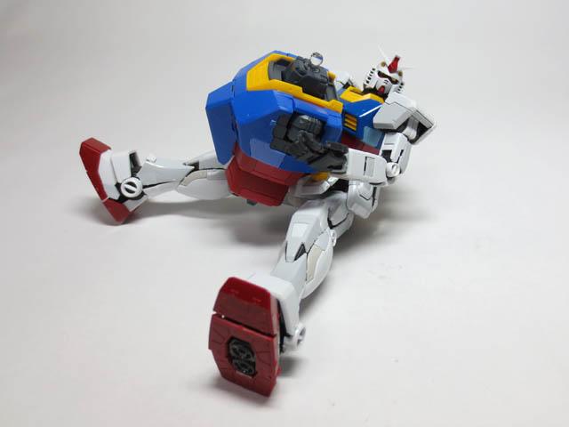 MG_RX78_2_Gundam_Ver3_A41.jpg