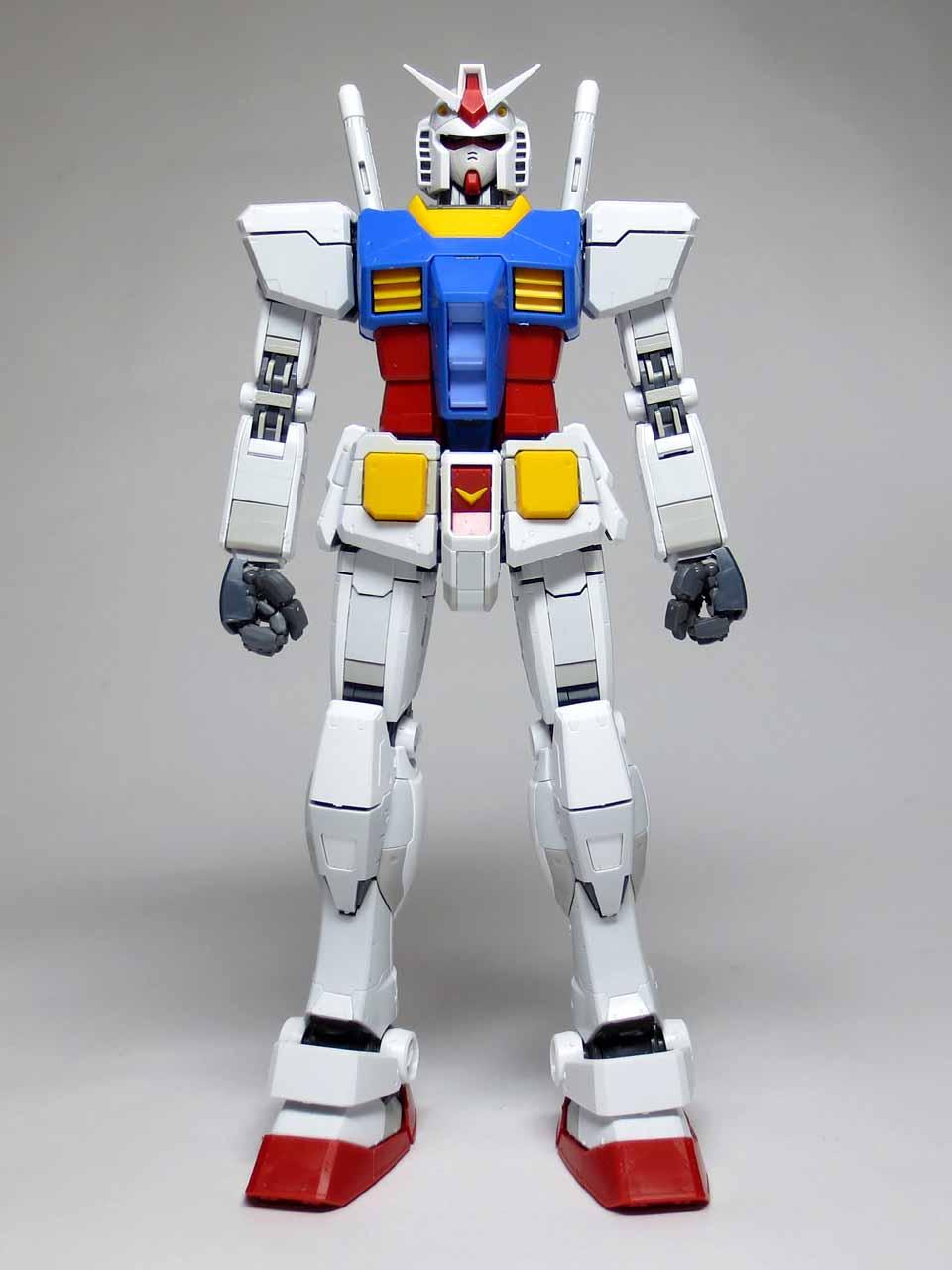 MG_RX78_2_Gundam_Ver3_B01.jpg