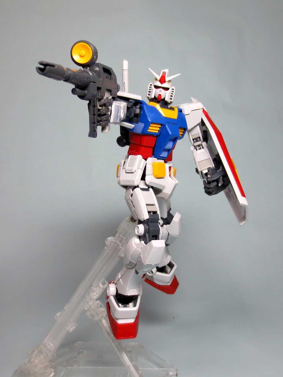 MG_RX78_2_Gundam_Ver3_B08.jpg