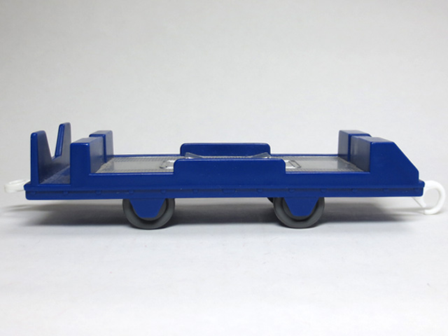 tomica_loading_freight_car_07.jpg