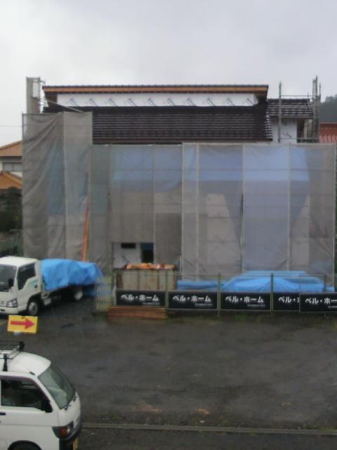 雨の建築現場!