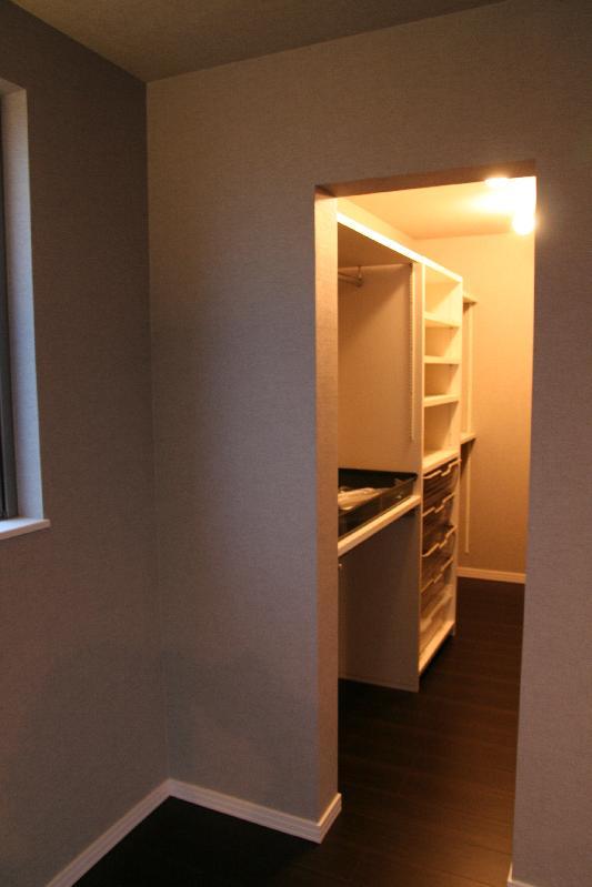 新築住宅寝室!