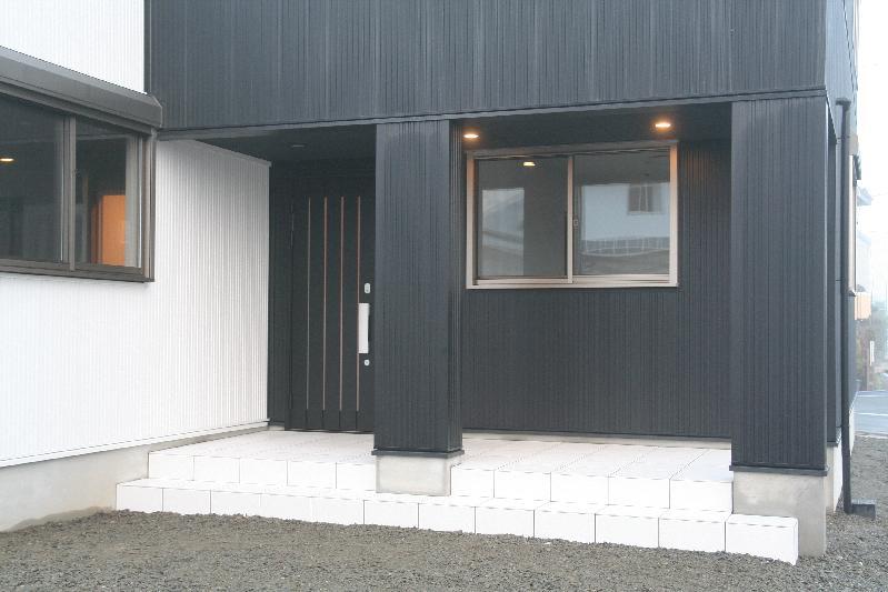 新築住宅玄関!