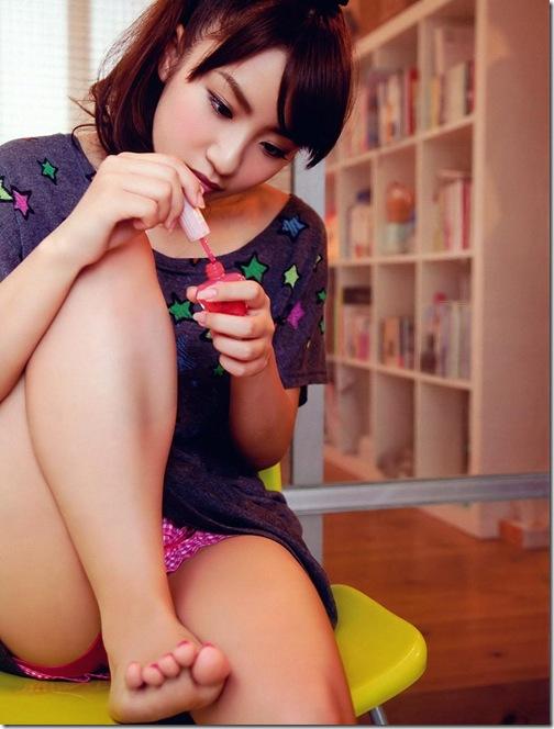 blog-imgs-52-origin.fc2.com_i_d_o_idolgazoufree_takahashi_minami_b13