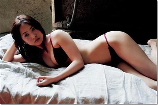 blog-imgs-56-origin.fc2.com_i_d_o_idolgazoufree_tanimura_mituki_a07