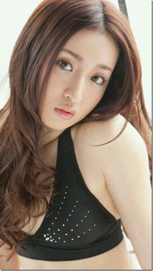 blog-imgs-56-origin.fc2.com_i_d_o_idolgazoufree_umeda_ayaka_a04