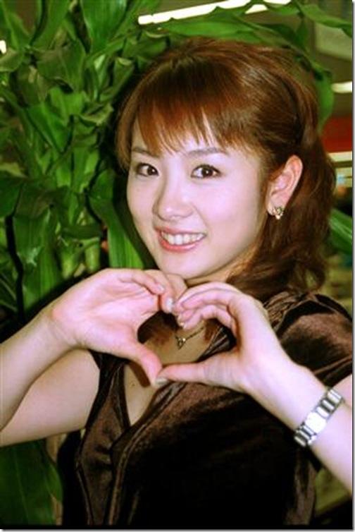 blog-imgs-61-origin.fc2.com_i_d_o_idolgazoufree_takashima_aya_a00
