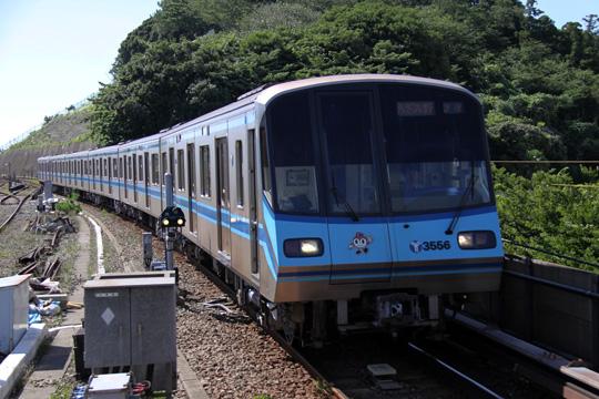 20100718_yokohama_subway_3000s-01.jpg