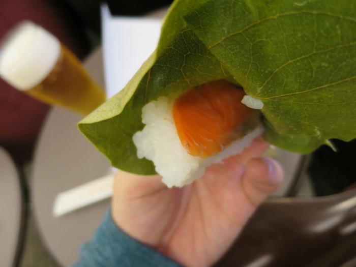 伊丹 柿の葉すし サクララウンジ