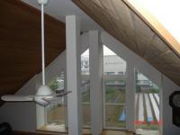 新規取付前の傾斜窓