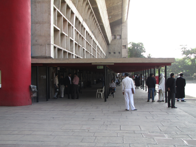 Punjab_and_Haryana_High_Court_111114_7.jpg