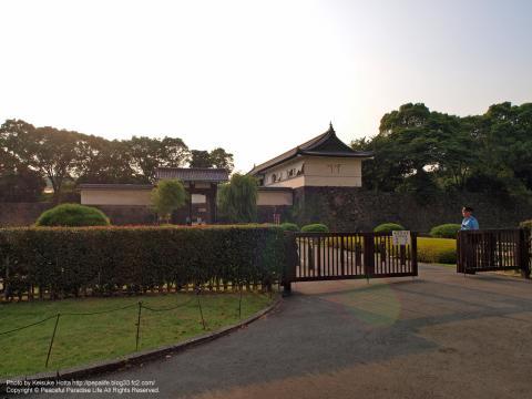 皇居東御苑の大手門