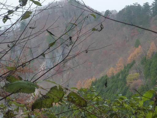 20101113・三峰妙法下山28